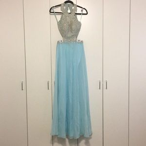 La Femme formal/prom dress size 0